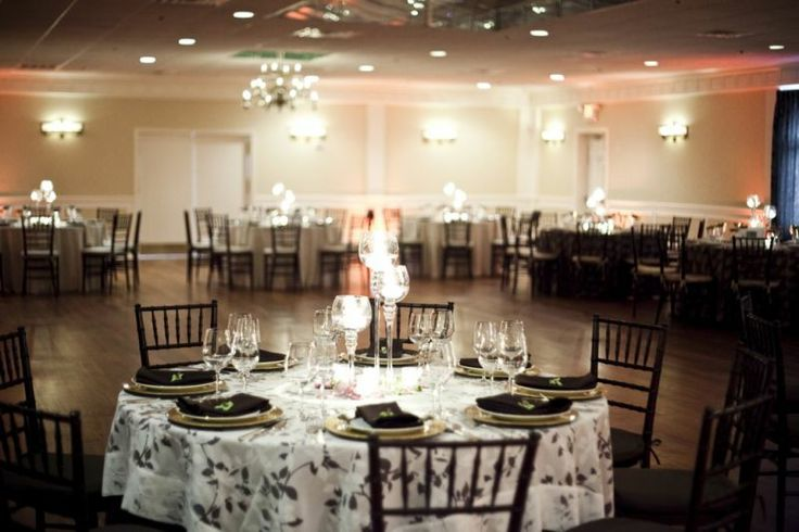 Classic Style Wedding Reception At The Elan Catering And
