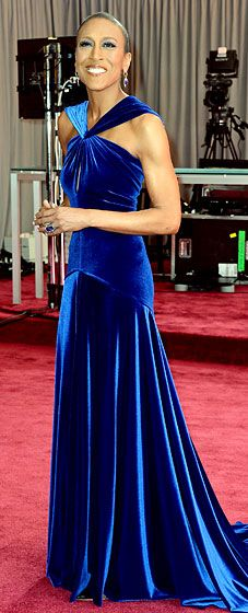 Robin Roberts at the 2013 Oscars - GMA anchor wearing a Marc Bouwer gown