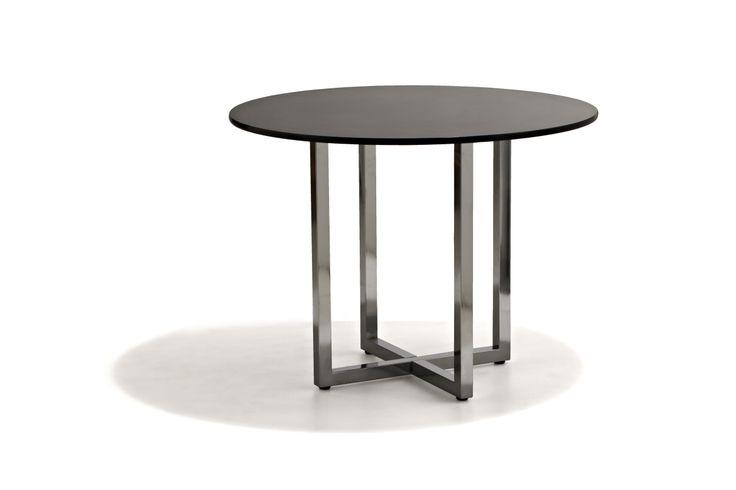 Luna Matbord med svart eller vitlackad skiva och underrede i blankpolerat stål Våraövriga