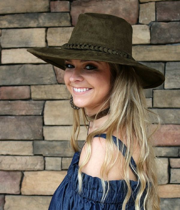 Giddy Up Glamour | The Boutique Hub