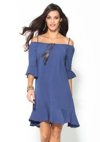 Volánové šaty s peříčkovou aplikací #ModinoCZ #šaty #holáramena