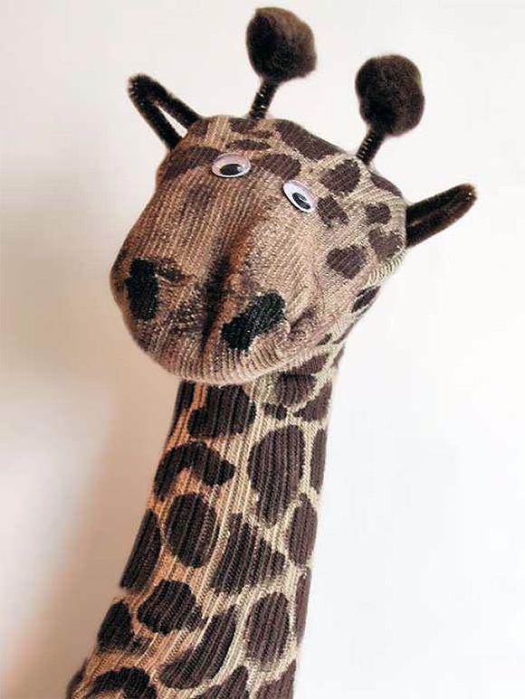 DIY Giraffe Sock Puppet Though I'm not really a puppet wielding librarian ...
