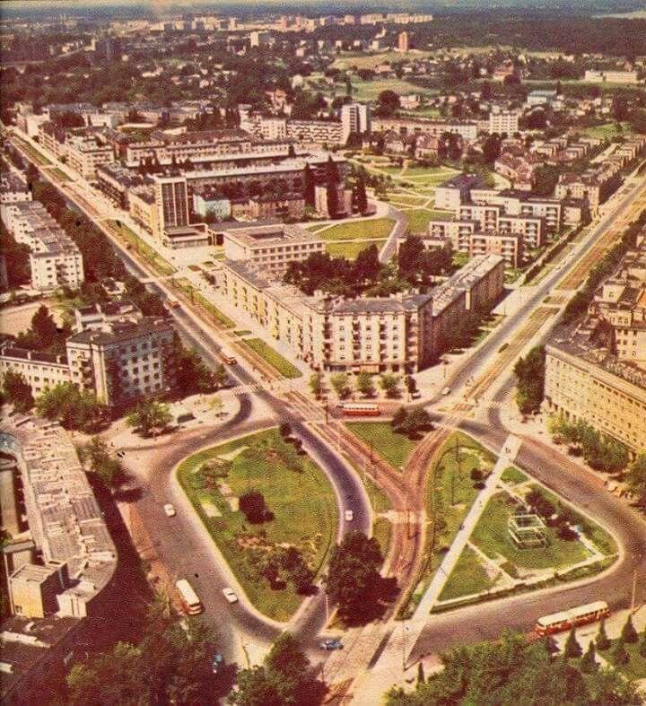 Plac Komuny Paryskiej, 1968