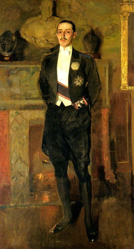 Portrait of the 17th Duke of Alba, c.1920, by Joaquin Sorolla y Bastida. Although these are formal cerimonial clothes, they are similar to what an upper class man would have worn as day clothes 120 years earlier.