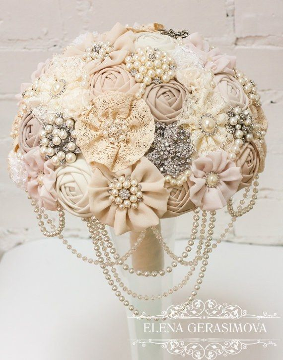 wedding bouquets with bling 25 best ideas about brooch bouquets on 8537
