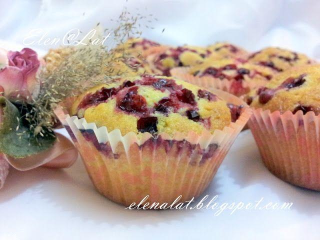 Sweet and not Sweet: Апельсиновые кексы с брусникой
