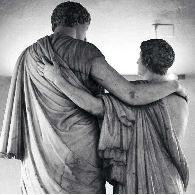 Marble sculpture. Friends. Rome.