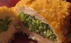 Poitrines de poulet panées farcies au brocoli et fromage #recettesduqc #poulet #brocoli