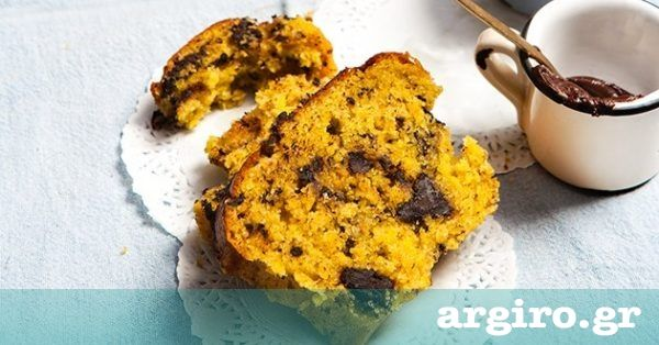Κέικ πορτοκάλι με κομμάτια σοκολάτας από την Αργυρώ Μπαρμπαρίγου | Κέικ αφράτο και μοσχομυριστό, με άρωμα πορτοκαλιού και σοκολατένια απόλαυση