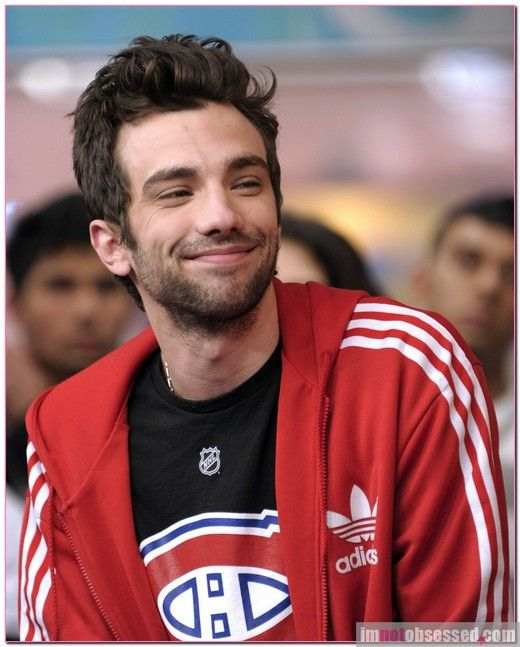 jay baruchel and I have one epic thing in common... we have great yet awkward personalities. He inspires me to keep embracing it.