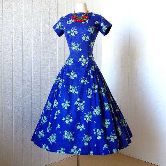 CAROLYN SCHNURER blue floral novelty print cotton