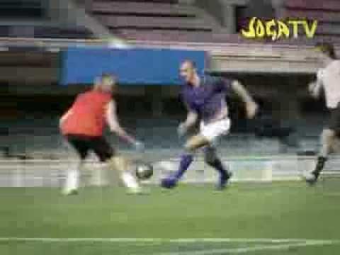 ronaldo vs. zlatan, joga bonito