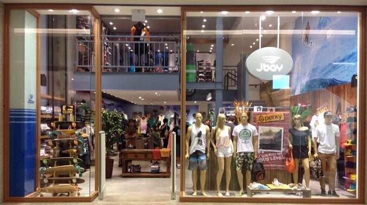 Equipamentos Olver do Brasil , Manequins Expor na J Bay do Shopping .Itaguaçu Tudo pela Dreher Soluções para o Varejo. Venha montar sua loja conosco.