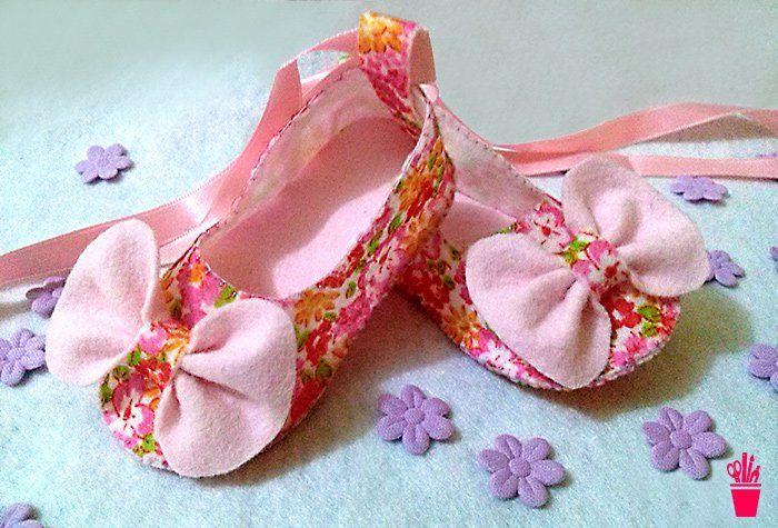 Venha morrer de paixão por estes sapatinhos de feltro que você faz aos pares para seu bebê ou para vender e presentear.