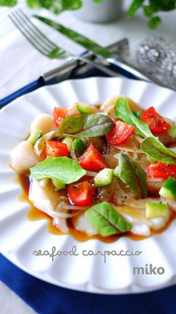 ソースが決め手!簡単「カルパッチョ」のおもてなしレシピ♪ | キナリノ お好きな魚介でどうぞ♪お好みカルパッチョ