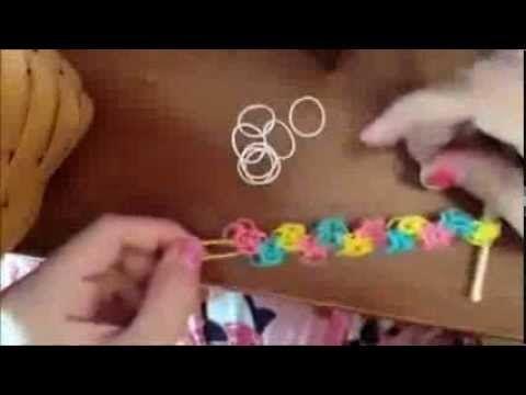 ▶ bracelet zigzag Rainbow Loom explications en français - YouTube