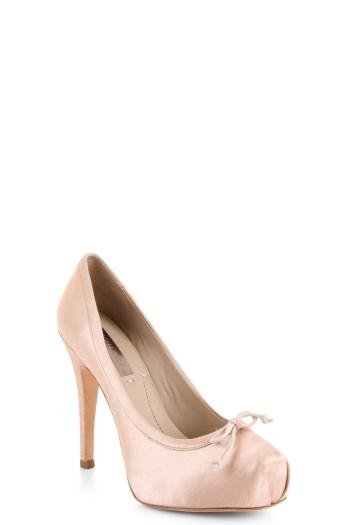 High-Heel Ballet Pump BCBG - adorable!Point Shoes, Inspiration Pump, Pointe Shoes, Ballerinas Pump, Inspiration Heels, Dance, Ballet Inspiration, Ballet Pump, Shoes Heels