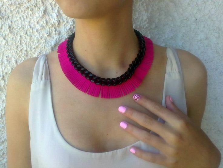 fuchsia fringe necklace with black chain