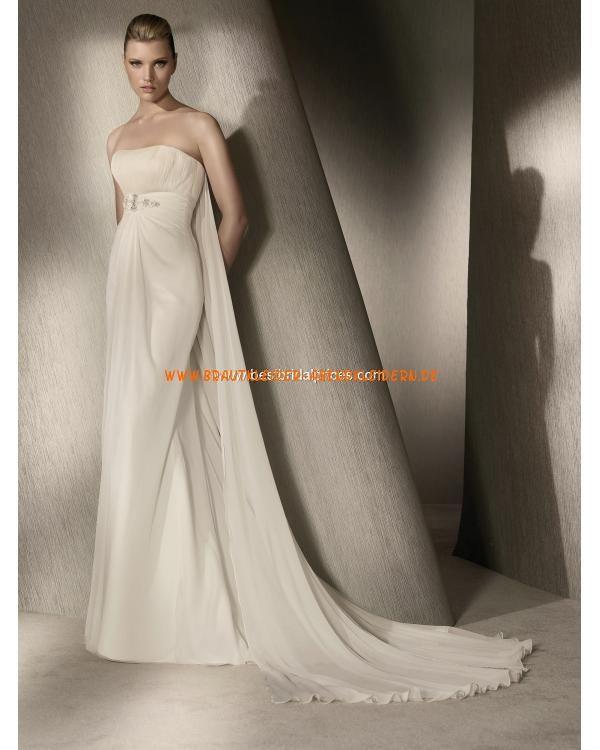 ... .jpg  Modische Brautkleider  Pinterest  Sexy and Satin