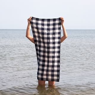 Gingham Beach Towel // Kaufmann Mercantile
