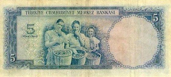1952 yılında tedavüle giren ve ''Fındık toplayan kızlar'' temalı 5 liralık banknot ve gerçek fotoğrafı.