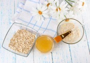 Σπιτικά scrub: 5 συνταγές απολέπισης με βρώμη