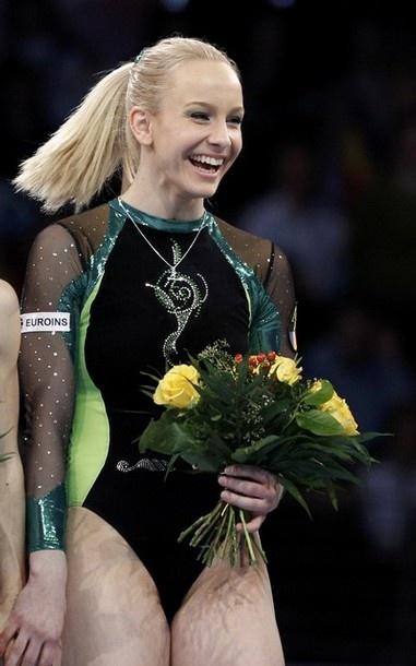 Sandra Raluca Izbasa- 2012 Euros Gold- Vault