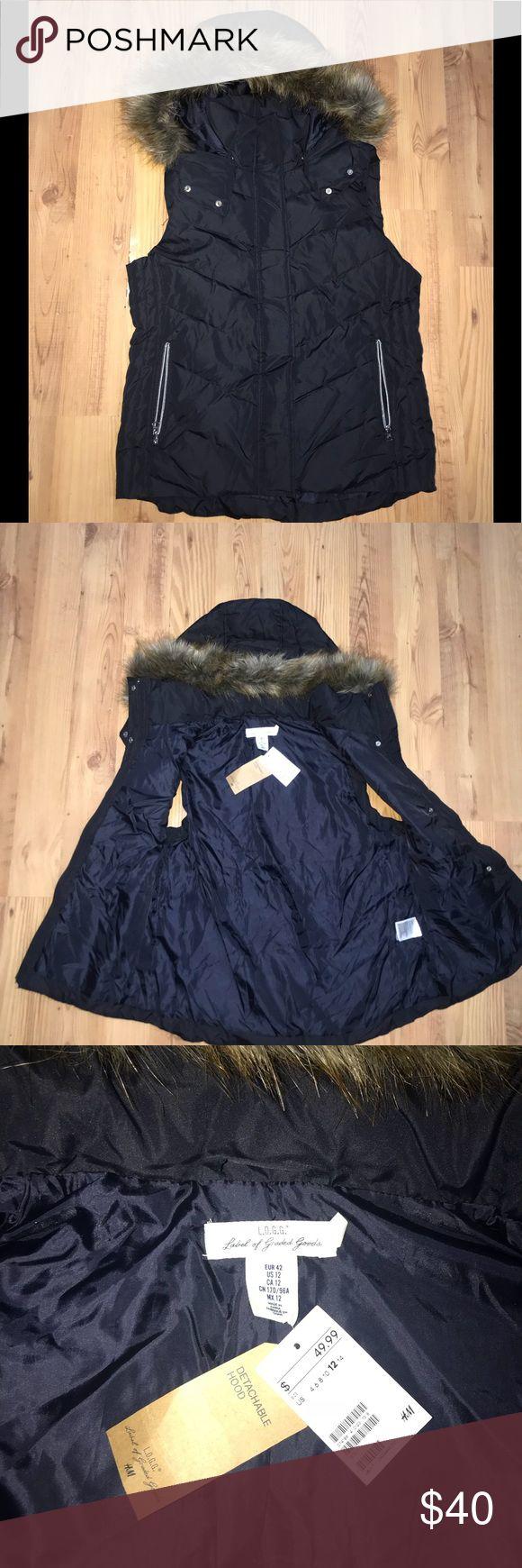 Women's H&M bubble vest w/ fur Women's H&M bubble vest w/ fur H&M Jackets & Coats Vests