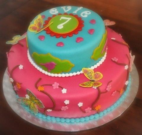 """Pip taart, trots op foto's (Pagina 1) - Bruids- en Stapeltaarten - Het """"DeLeuksteTaarten"""" - forum"""