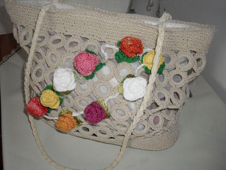 kész táska, virágokkal