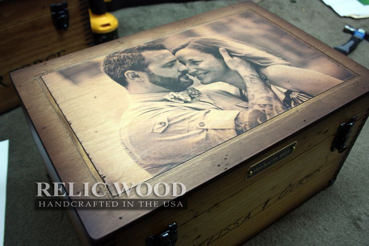 Wedding / Anniversary Keepsake Box - Custom Gift, this is a must have!!!