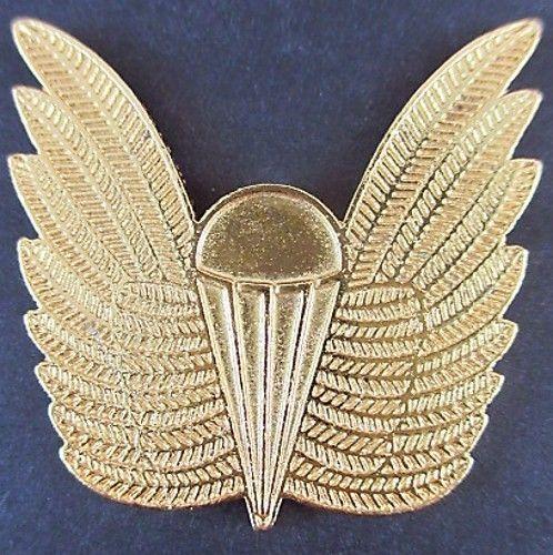 GENUINE AUSTRALIAN NAVY PARACHUTE AIRBORNE PARA JUMP WINGS BREVET BADGE