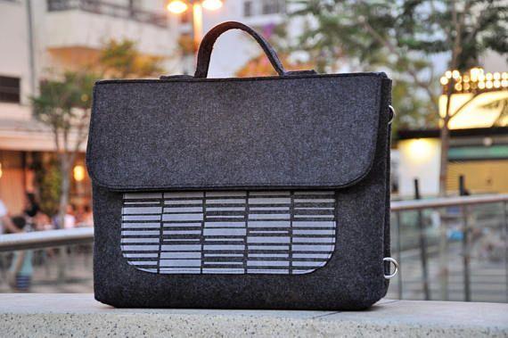 Men laptop bag, Laptop backpack, Men Messenger bag, Felt backpack, Shoulder bag, Macbook pro 15, Laptop bag 15 inch, Man laptop bag, Men bag #laptopbag #fashion #fashionblogger #bags #boho #bohostyle #tote #totebag #style #styleblogger #fashionist