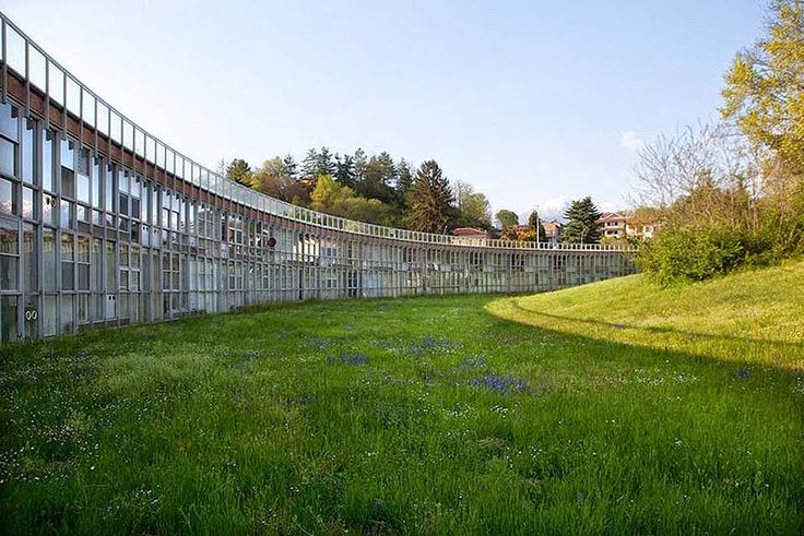Hidden Architecture: Collective housing for Olivetti´s employees