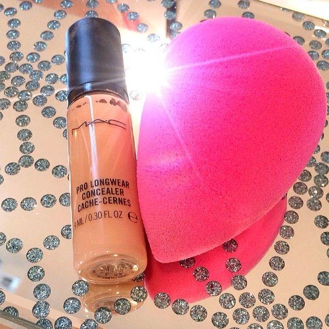 #BlendAway @Beautyblender @M∙A∙C Cosmetics #makeupbyanna - @MakeUp By Anna- #webstagram