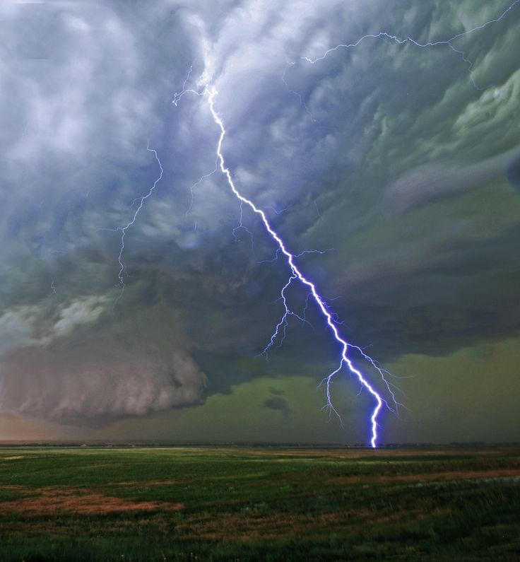 Thunderstorms And Tornadoes 1406 best stormy weather images on pinterest | tornadoes