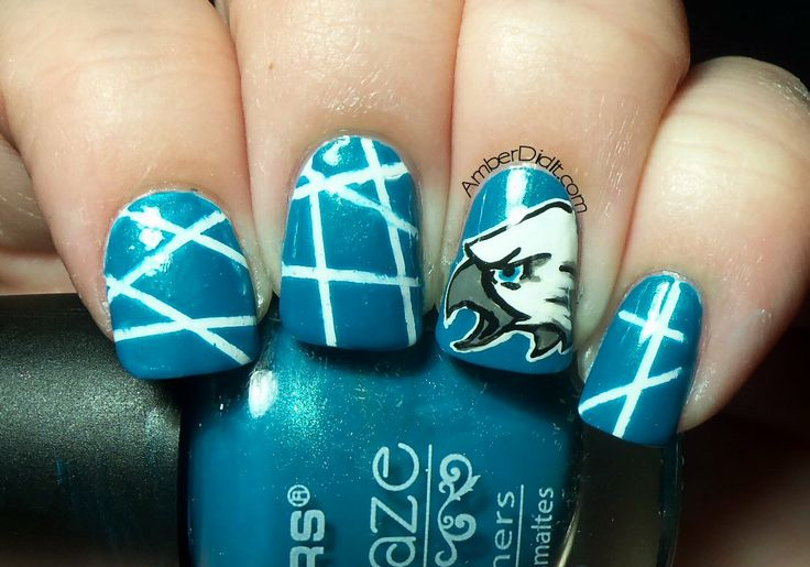 Philadelphia Eagles Nail Art