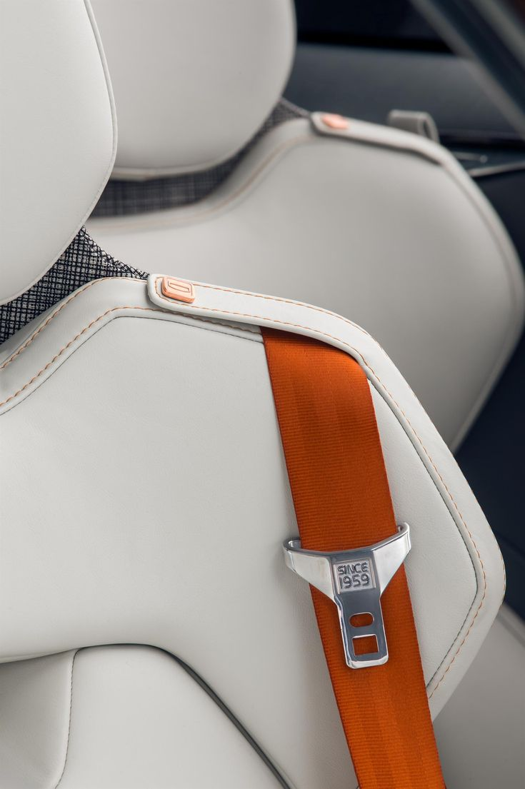 The new volvo xc90 s interior is pretty damn spectacular seat beltscar
