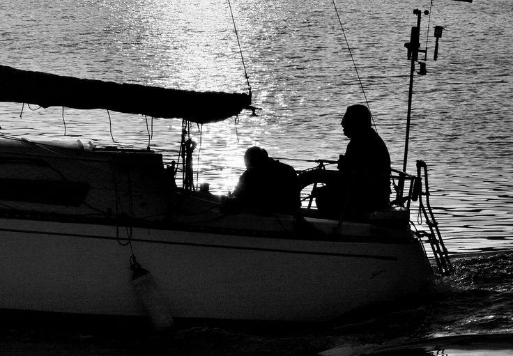 Saliendo a navegar del puerto de Adra by Fernando Fernández on 500px