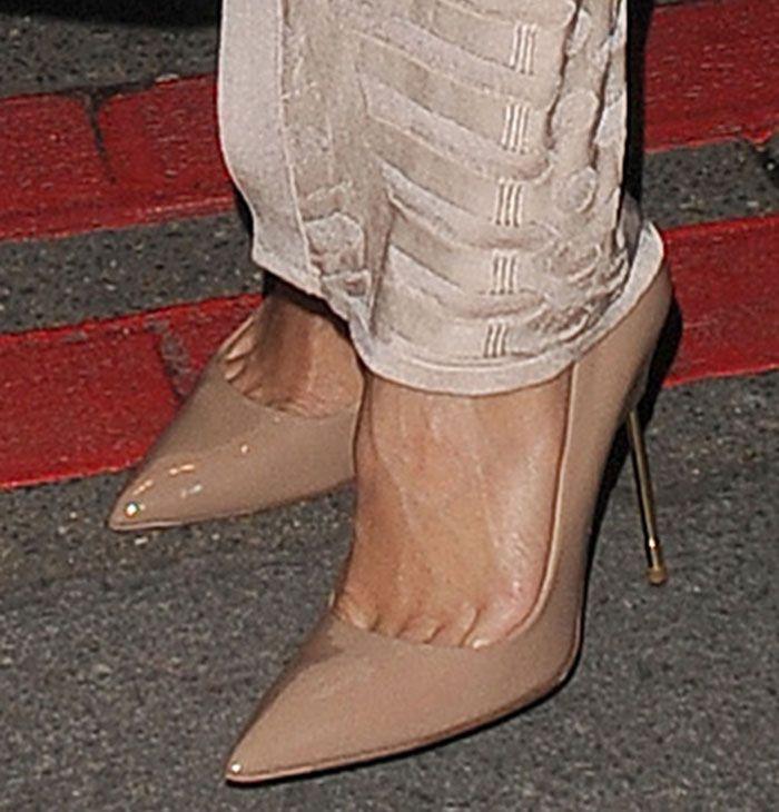 Nicole Scherzinger in Kurt Geiger 'Britton' pumps