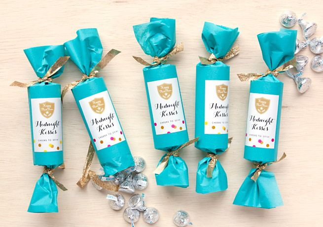New Year's Eve Party Favors: Midnight Kisses - Evermine Occasions
