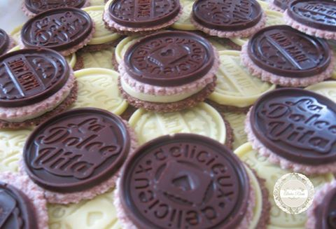 Everyday Raw Desserts ~ Raw Cookies Covered With Chocolate~ Insanely delicious!!! http://www.almharhais.com/