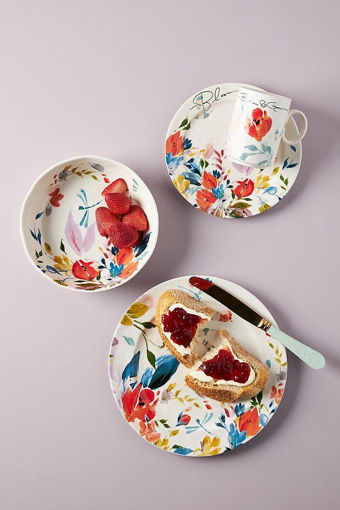 Brynne Dinner Plates Set Of 4 Anthropologie In 2020 Dinnerware Set Unique Glam Kitchen Unique Plates