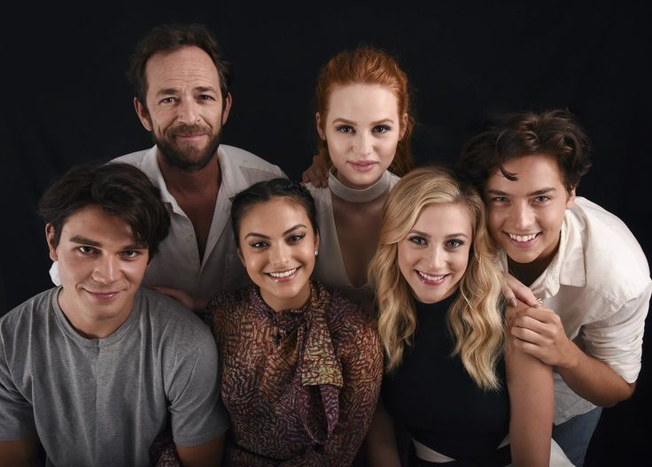 "Madelaine Petsch on Twitter: ""RIVERDALE x COMIC CON. Having the ..."