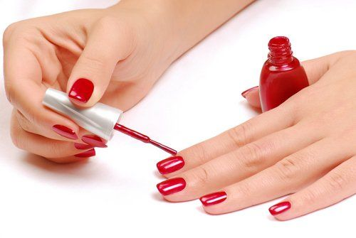 1. Trim and shape your Nails Remove your old nail polish with the nail polish remover, trim your nails neatly and give them desired shape with the help of nail filer. 2. Soaking Take a small …