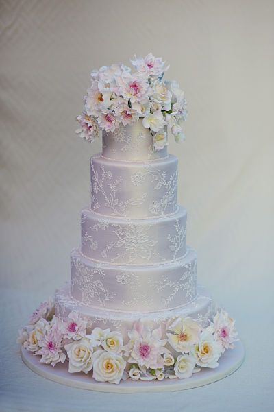 Wedding Cakes: small & big,old & modern ~ - Clicksomemore