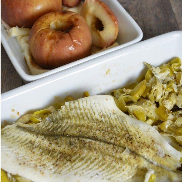 Plat combiné : filet de poisson, poireaux à la crème et pommes au four
