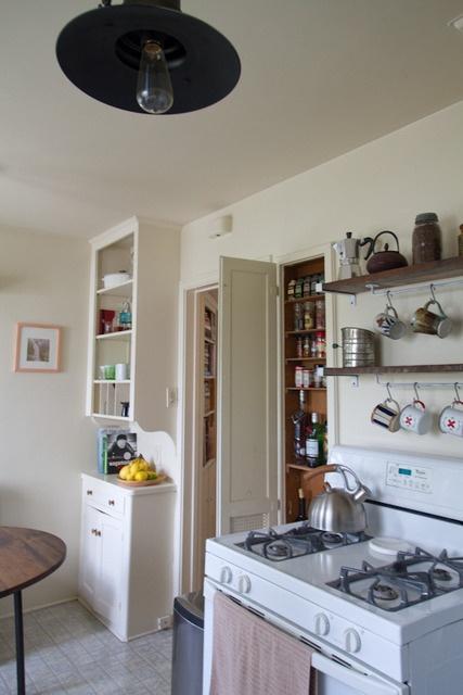 yes, s-hooks are the answerHouse Tours, Kitchens Shelves, Kitchens Spotlight, Handmade Americanainspir, Americanainspir Kitchens, Kitchens Ideas, Americana Inspiration Kitchens, Handmade Americana Inspiration, Kitchens Kitchens