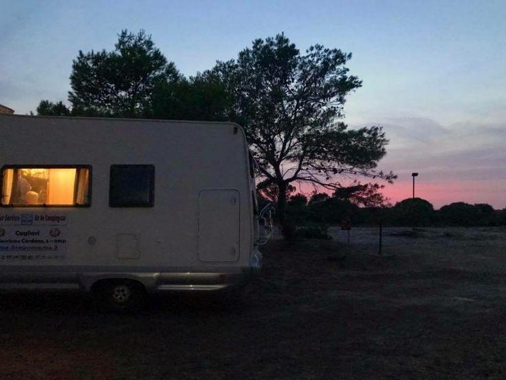 Voici notre guide complet et pratique sur notre road-trip en camping-car en Sardaigne. Je vous donne toutes nos infos pour préparer votre voyage en famille.