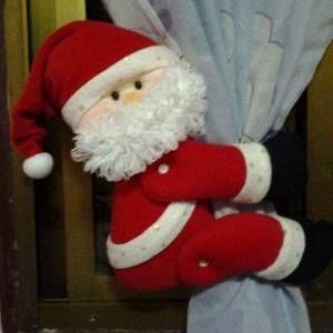 Adorno de Papá Noel para las cortinas